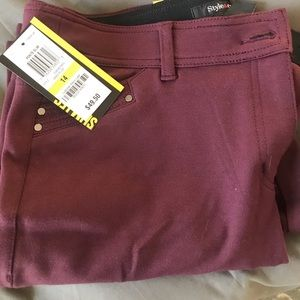NWT  style and company skinny pants